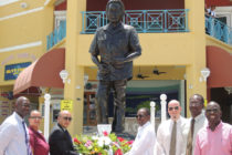 Sint Maarten : Wreath laying at Port in Remembrance of the late Dr. A. C. Wathey