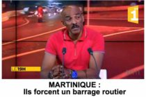 Martinique : Des motards forcent un barrage routier en plein reportage TV