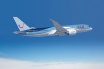 TUI Brings 120 Travel Agents on Dreamliner to SXM Airport On Inaugural Flight