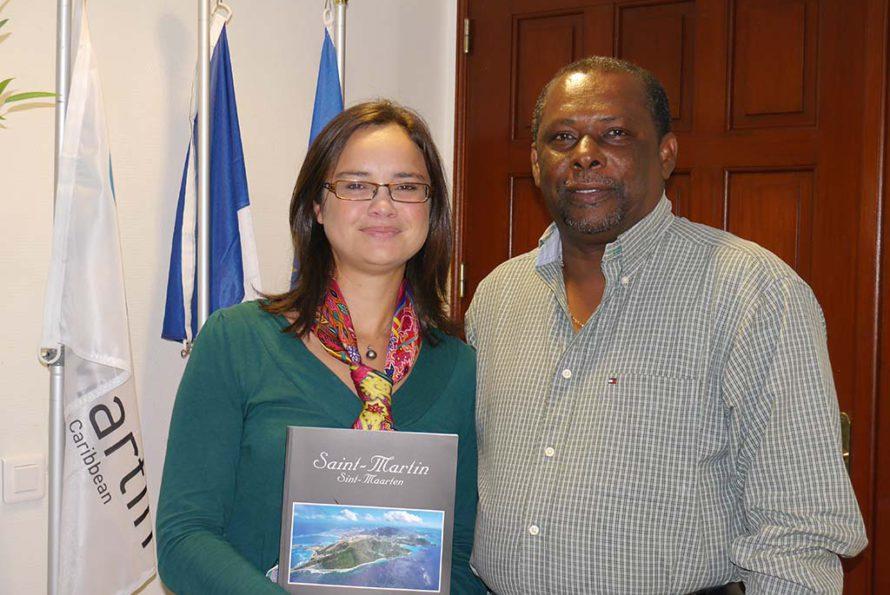Rencontre entre l'ambassadrice de la coopération régionale Antilles Guyane et le conseiller territorial en charge de la coopération régionale
