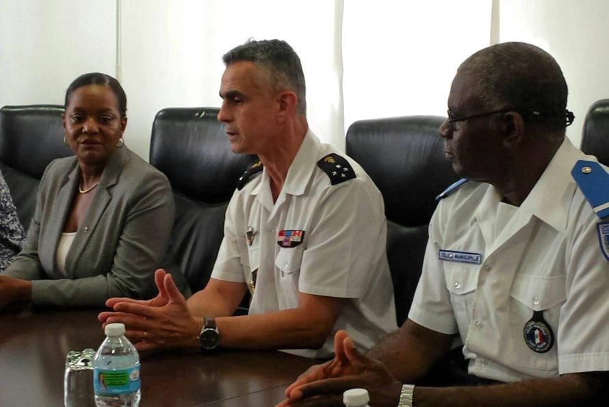 Signature d'un accord de coopération entre la police territoriale et la gendarmerie