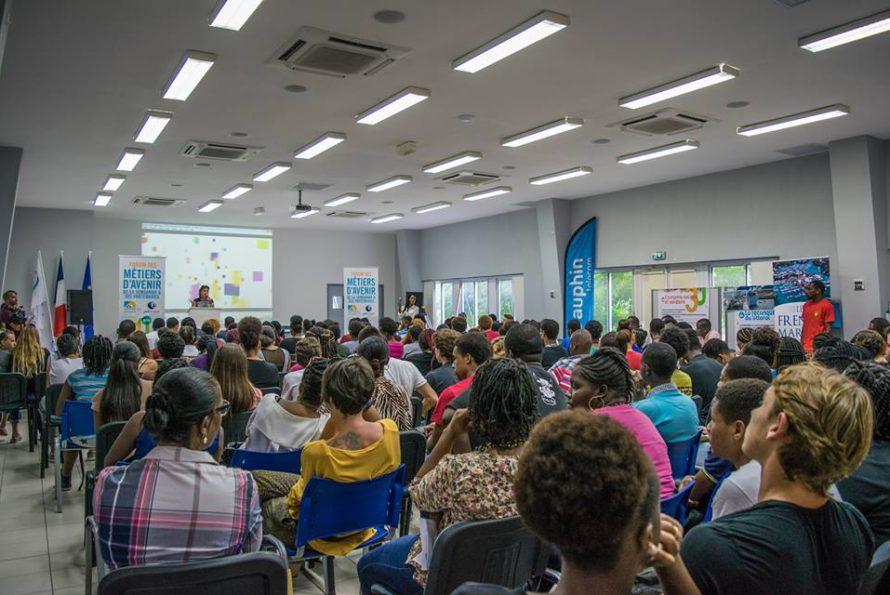 Premier édition du forum des métiers d'avenir à la CCI