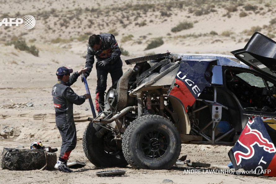 Les chances de Sébastien Loeb de remporter le Dakar s'amenuisent