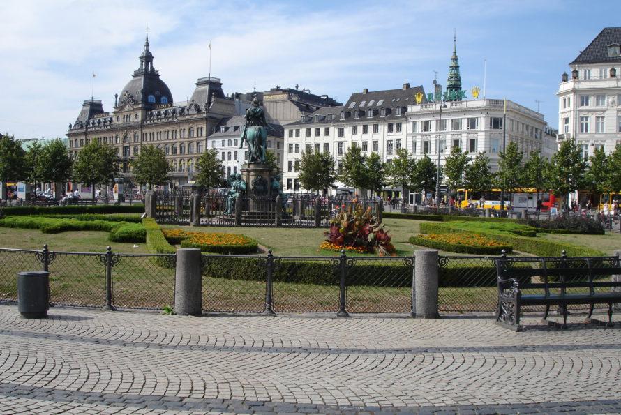 Le Danemark adopte des mesures controversées pour durcir le droit d'asile