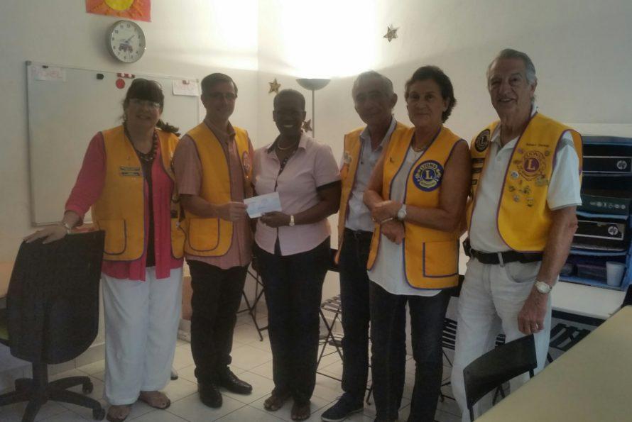 Lions Club Doyen : Remise d'un chèque de 3 000 € en faveur de l'association Tournesol