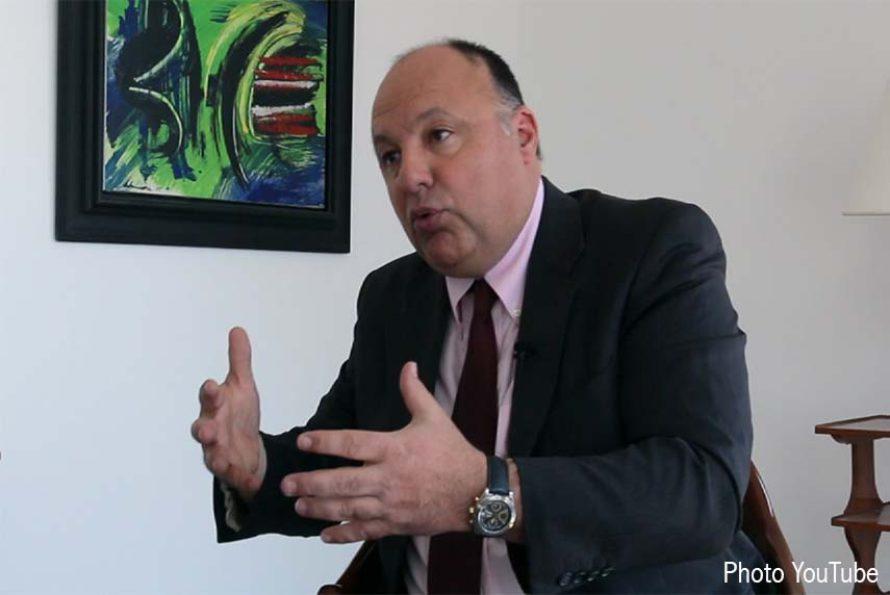 Air Cocaïne: les proches de Christophe Naudin demandent l'intervention de François Hollande