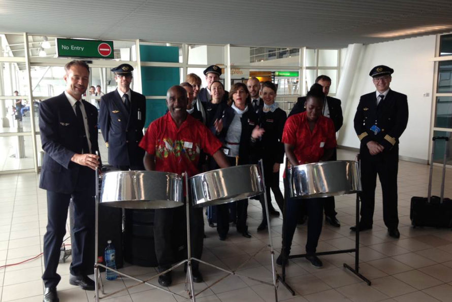 Air France Surprises Passengers on Arrival at SXM Airport to Show Appreciation