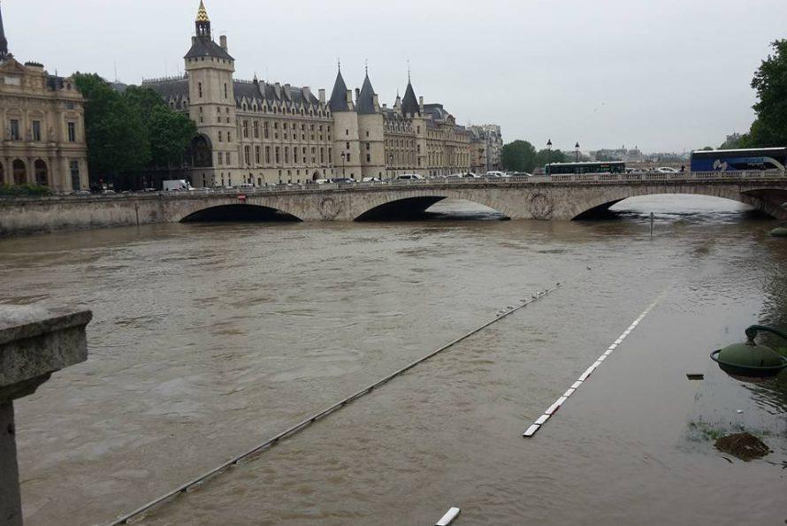 Métropole : Le niveau de la Seine franchit le seuil d'alerte à Paris