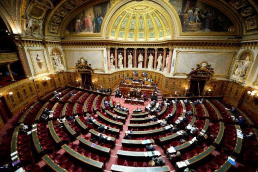 Loi travail : le Sénat a rejeté le texte sans débat. Le gouvernement devrait utiliser une nouvelle fois la procédure du 49-3