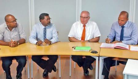 La charte a été élaborée entre tous les acteurs concernés et s'appuie sur la complémentarité des signataires.