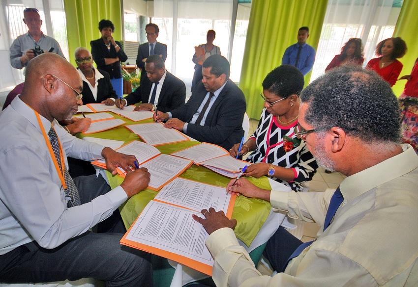 Education nationale le rectorat de guadeloupe s implique localement - Office education nationale ...